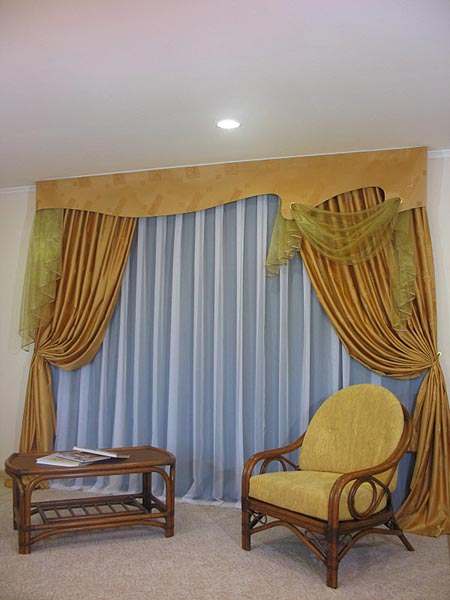 Современные шторы ламбрекены